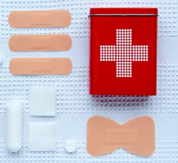 first-aid-articles-picture-id509936488.jpg